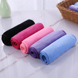 Makeup remover towels